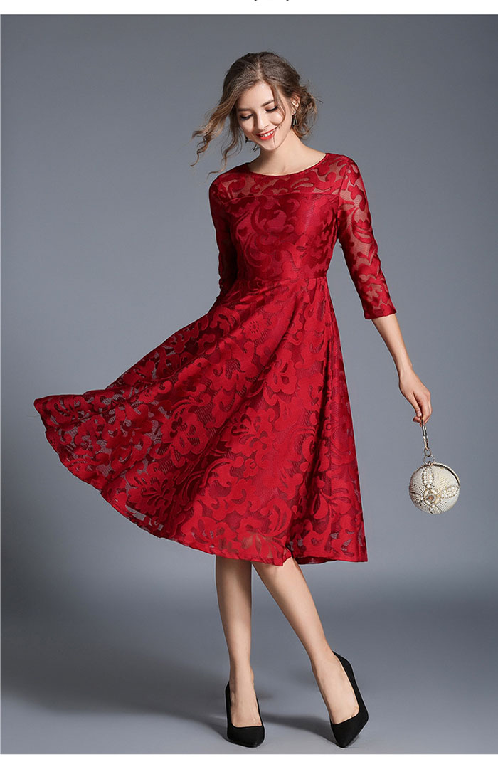 Đầm Ren Xòe Ánh Kim Tay Lỡ