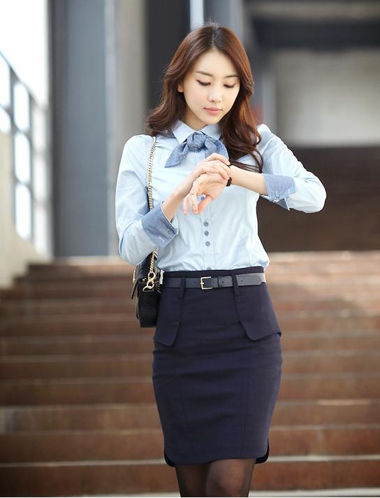Ao-so-mi-cong-so1 Áo sơ mi công sở Muôn vẻ với cách diện đồ áo sơ mi công sở đẹp đầy cá tính Ao so mi cong so